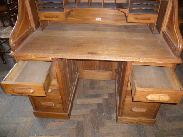 Antique Oak Roll Top Desk Eras Of Style Eras Of Style