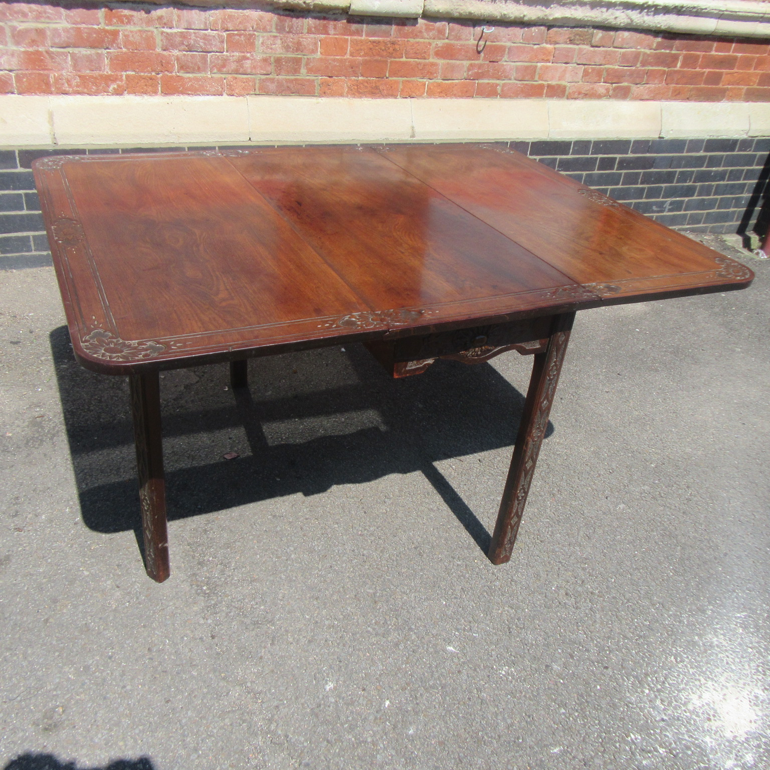 ANTIQUE COLONIAL MAHOGANY GATE LEG DINING TABLE Eras Of Style Eras Of Style