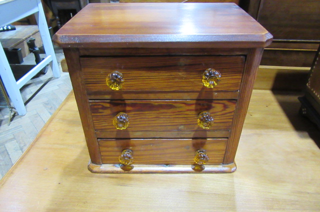 ANTIQUE PINE APPRENTICE DRAWERS