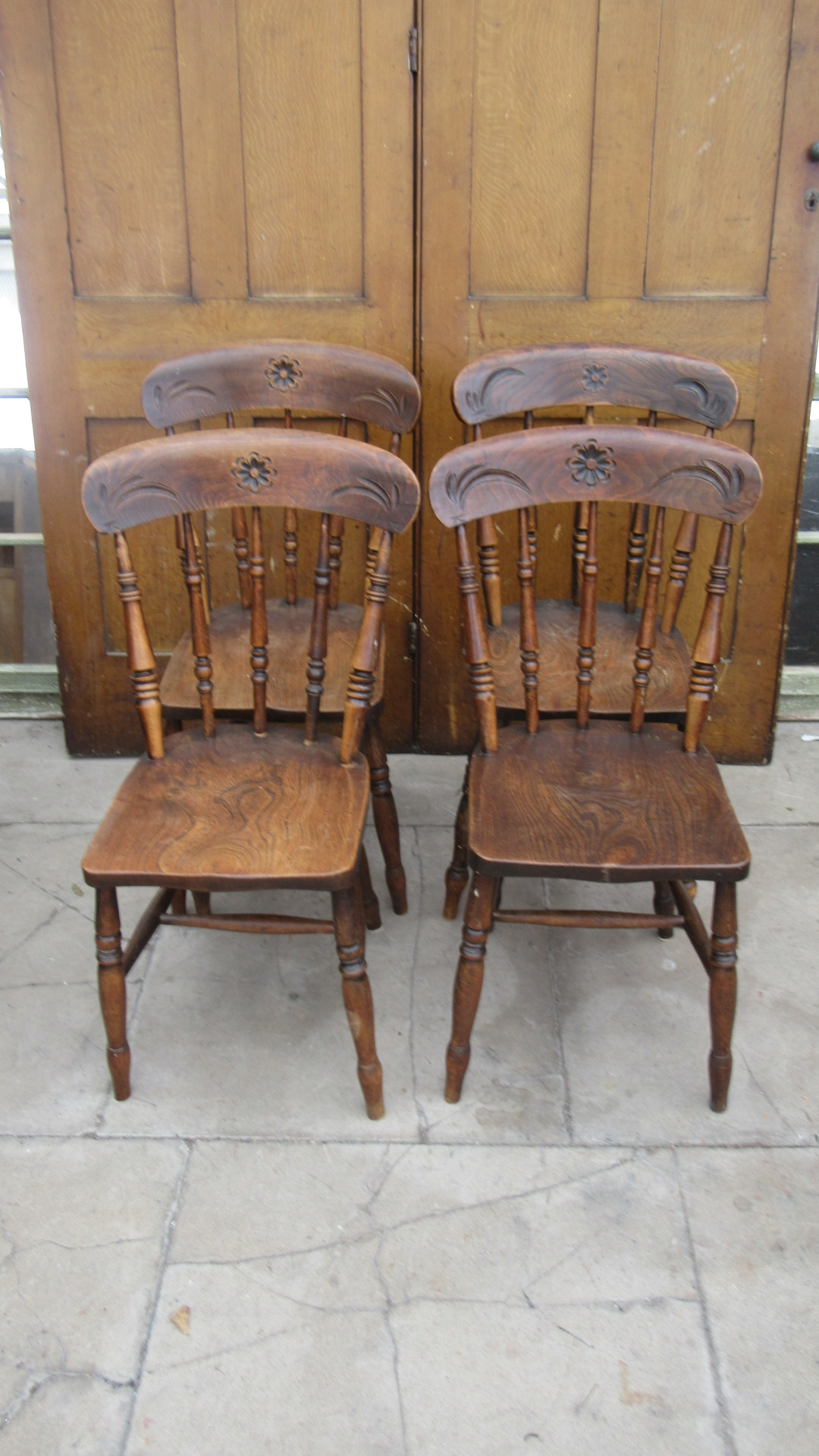 FOUR ANTIQUE WEST COUNTRY ELM DINING CHAIRS