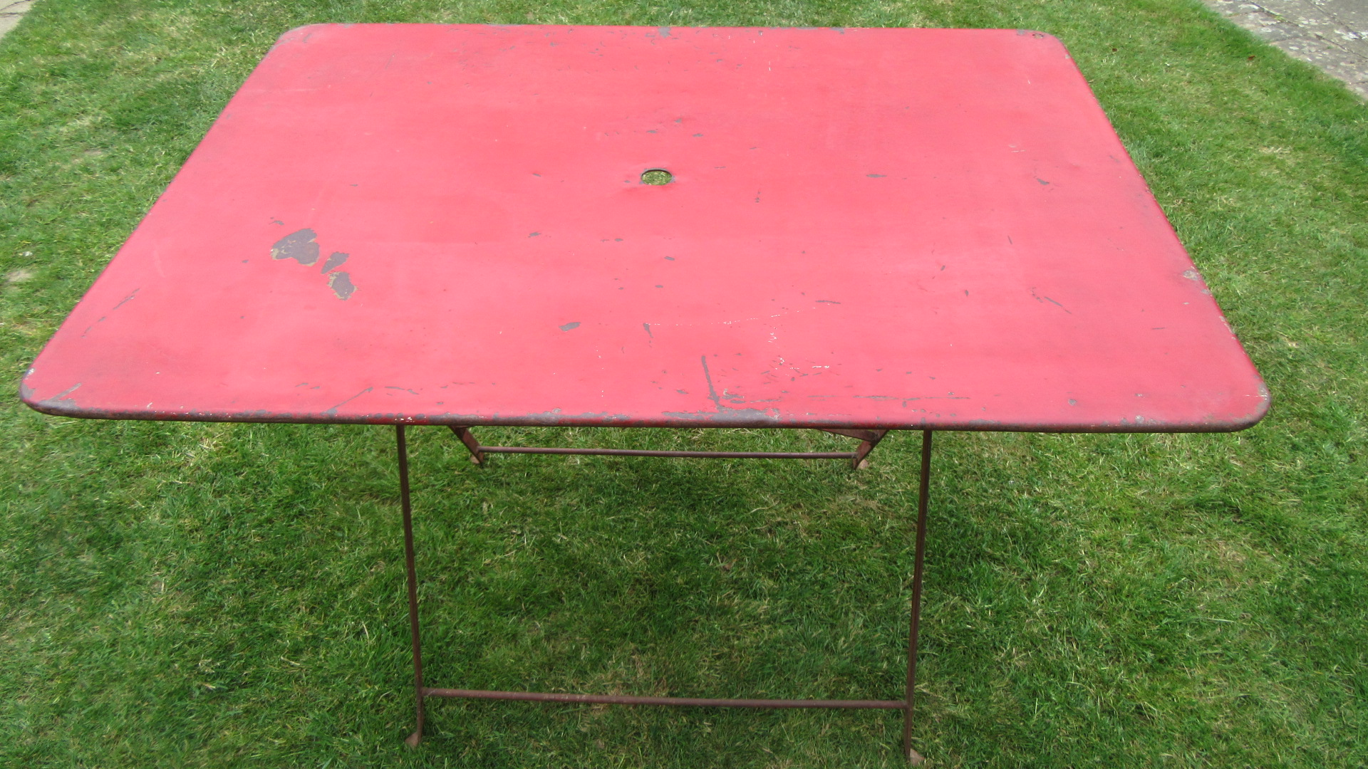 ANTIQUE FRENCH FOLDING BISTRO TABLE