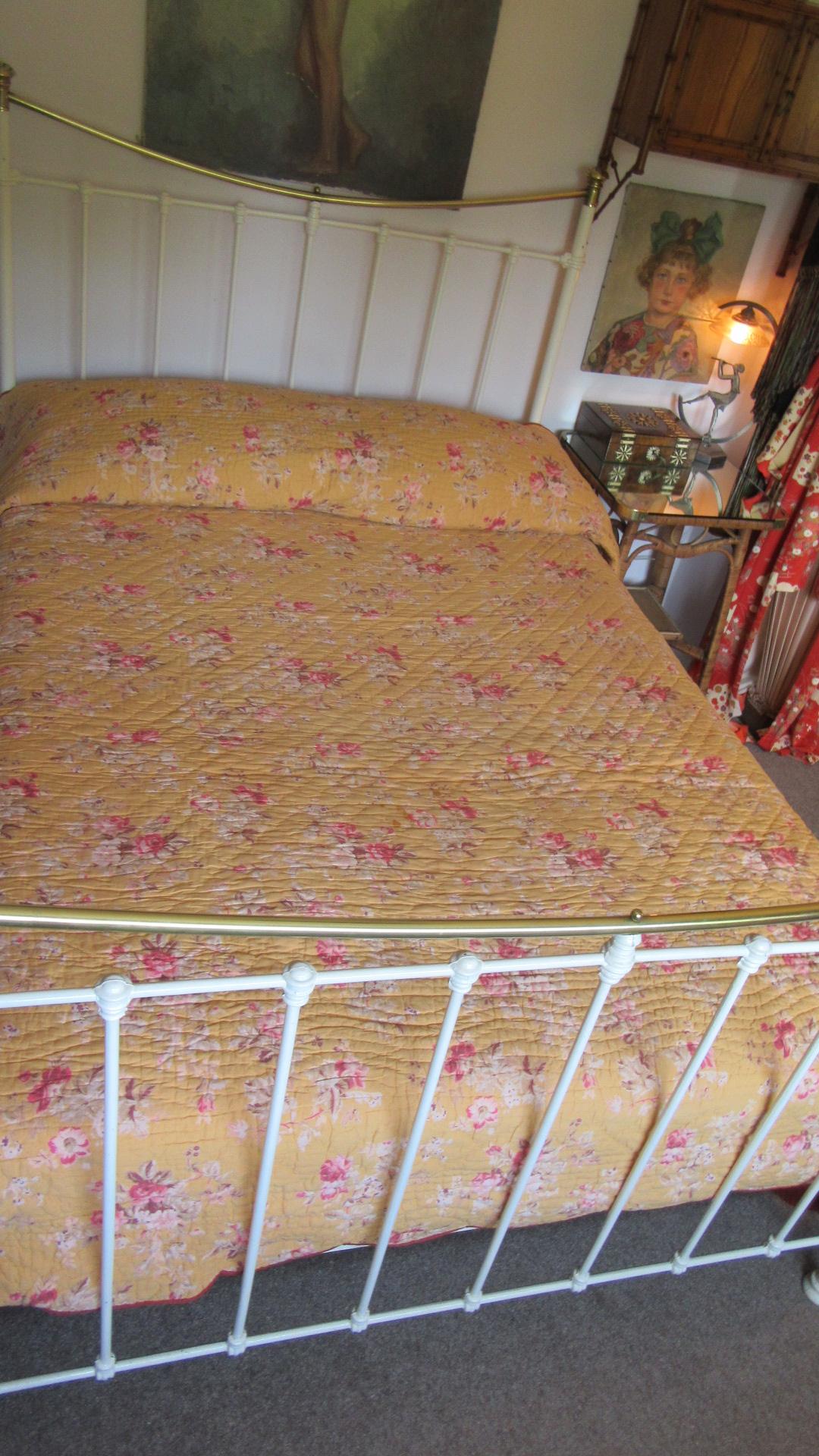 vintage Durham  quilted cotton bedspread