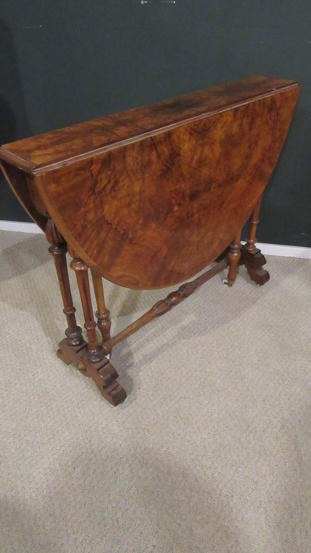 ANTIQUE VICTORIAN WALNUT SUTHERLAND TABLE