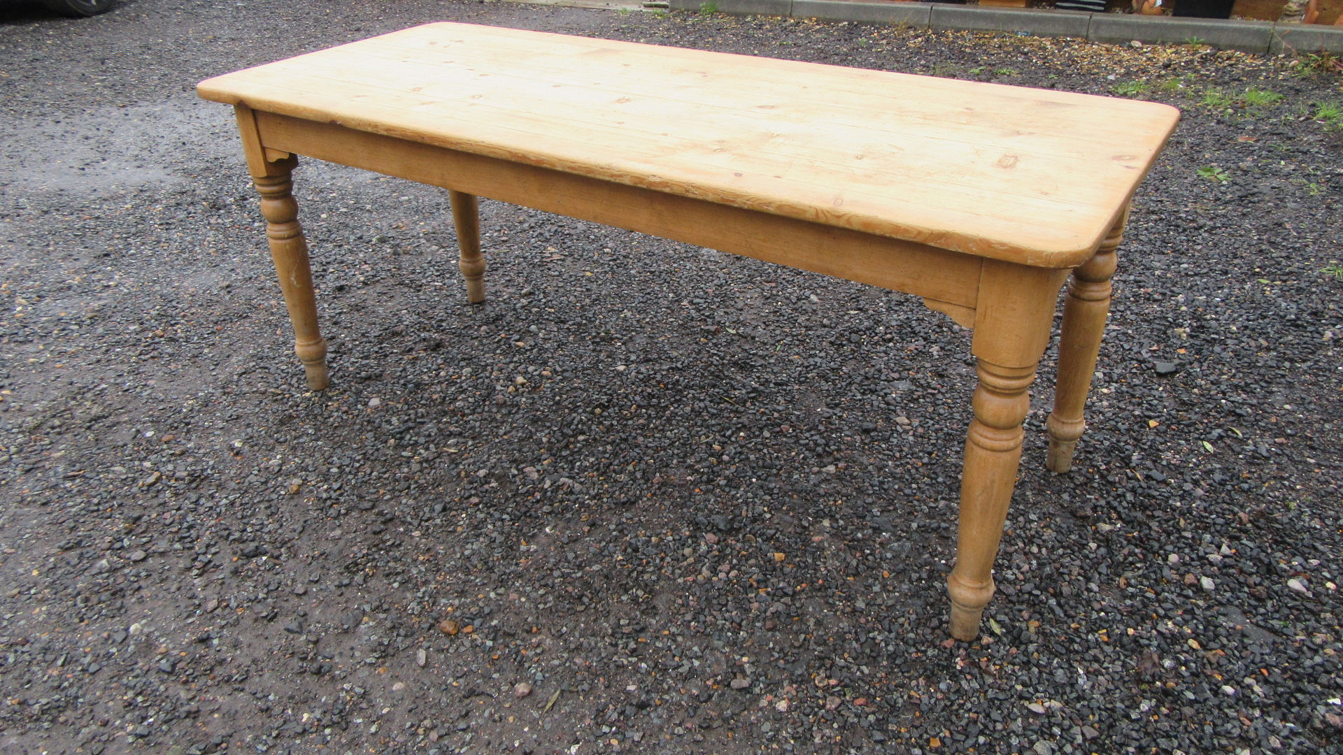 VINTAGE PINE FARMHOUSE DINING TABLE