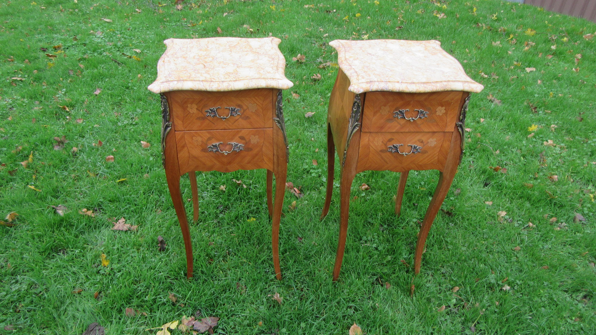 PAIR OF VINTAGE FRENCH INLAID BEDSIDE CHESTS