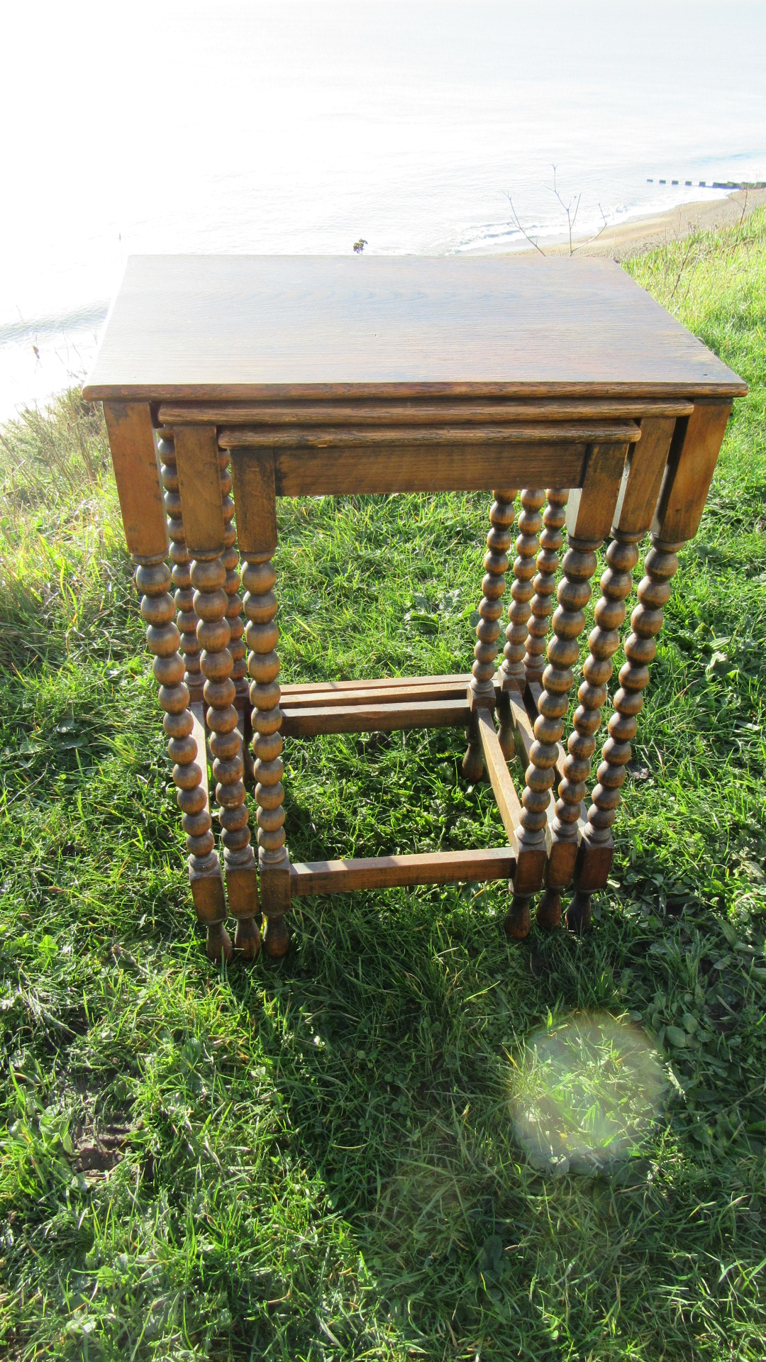 ANTIQUE BOBBIN LEGGED NEST OF TABLES