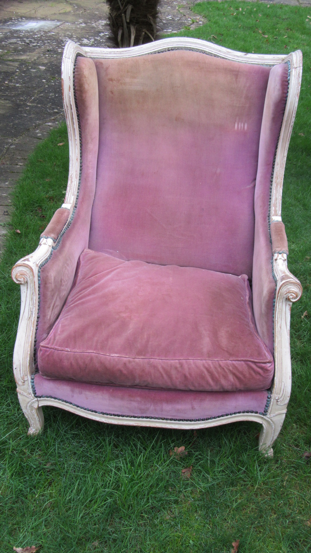 ANTIQUE FRENCH ARMCHAIR IN THE ORIGINAL PAINT