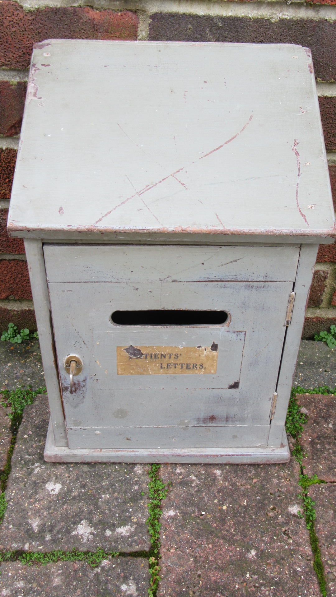 VINTAGE DOCTORS PATIENTS PAINTED LETTER BOX
