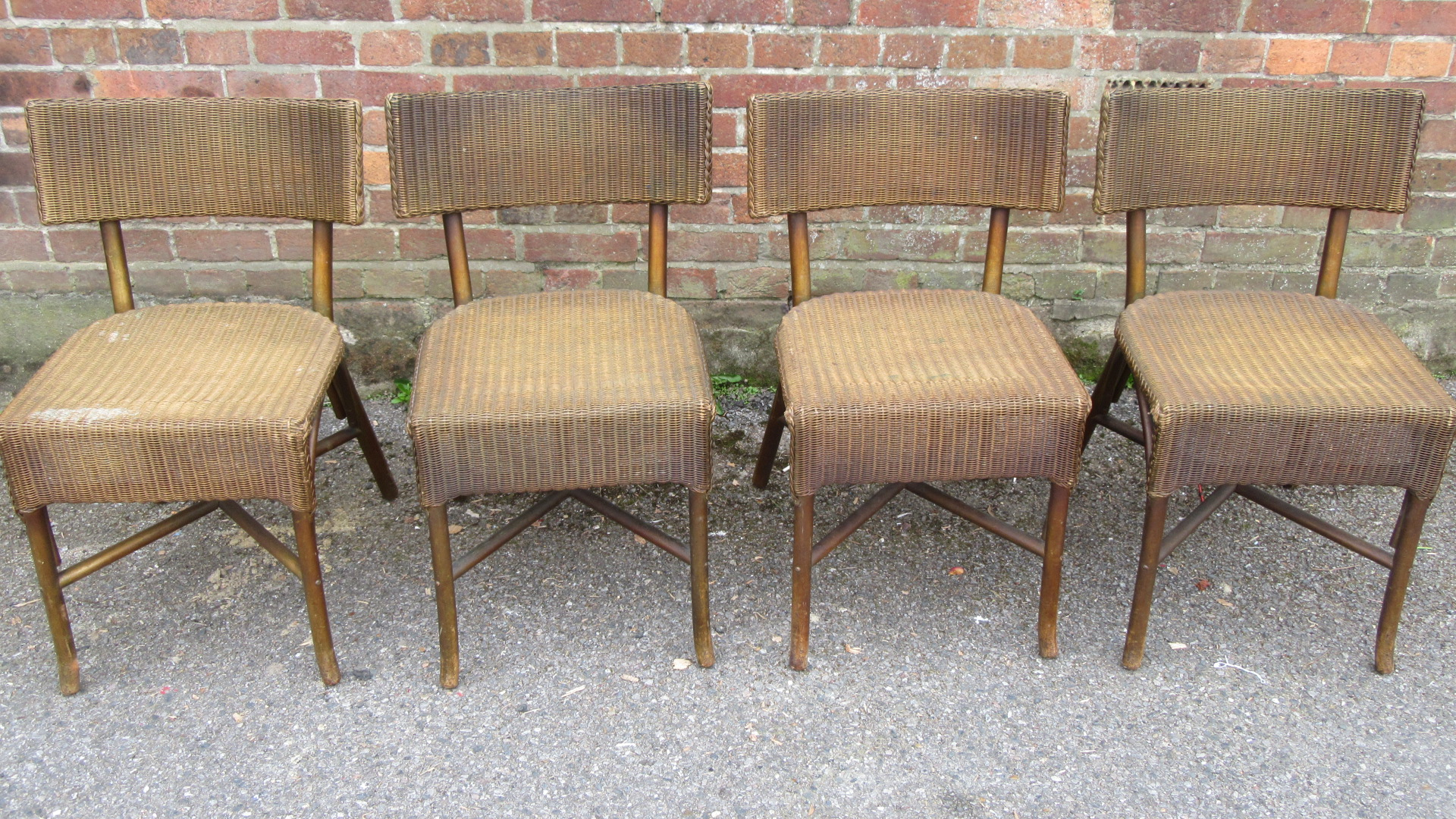 RARE SET OF FOUR ANTIQUE LLOYD LOOM DINING CHAIRS