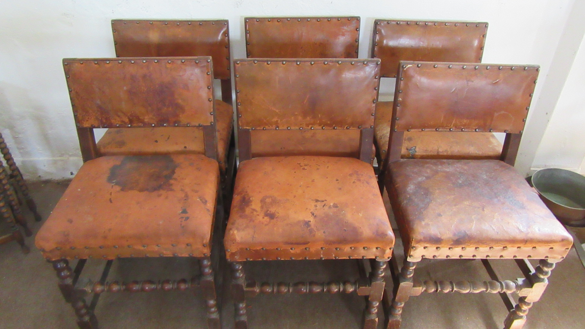 SET OF SIX ANTIQUE IPSWICH OAK LEATHER DINING CHAIRS