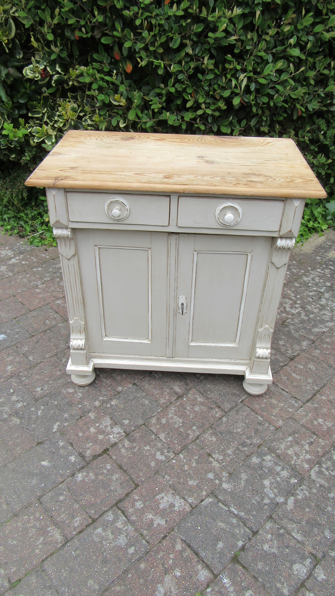 ANTIQUE PINE PAINTED CUPBOARD