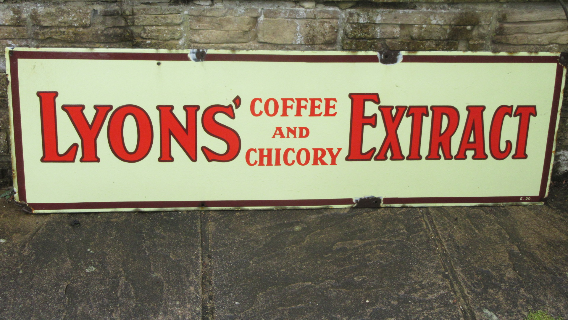 VINTAGE LYONS COFFEE EXTRACT ENAMEL ADVERTISING SIGN