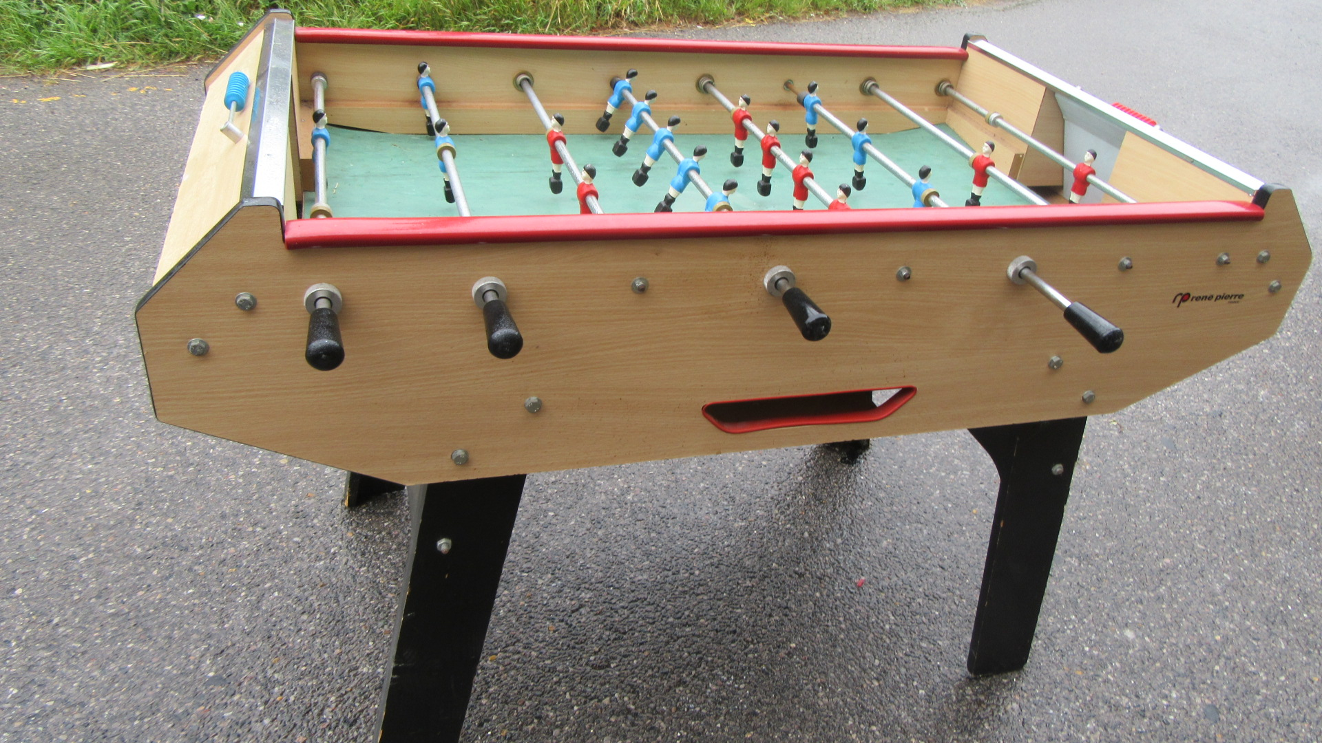 VINTAGE RENE PIERRE FRENCH FOOTBALL TABLE