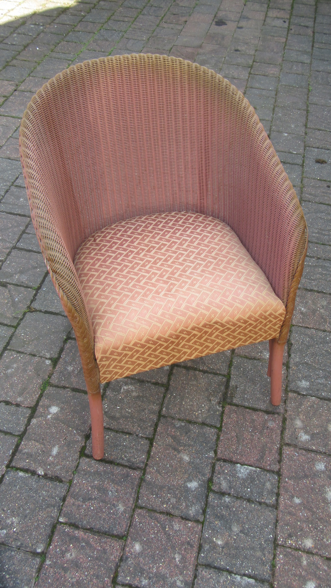 VINTAGE 1930S LLOYD LOOM CHAIR