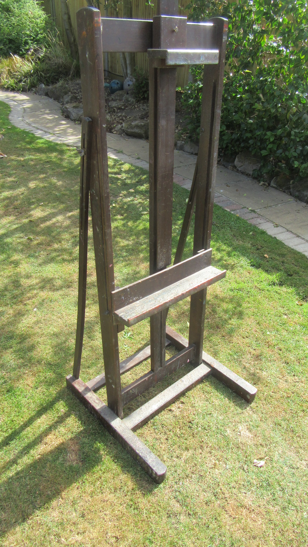 VINTAGE ARTISTS EASEL