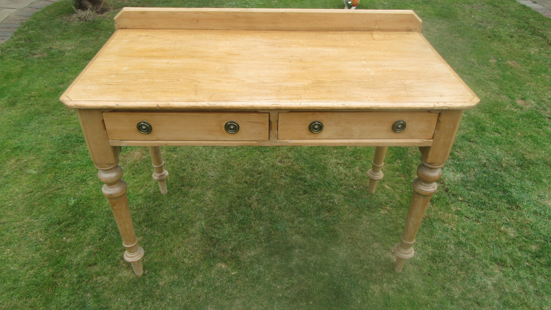 ANTIQUE VICTORIAN PINE WRITING DESK