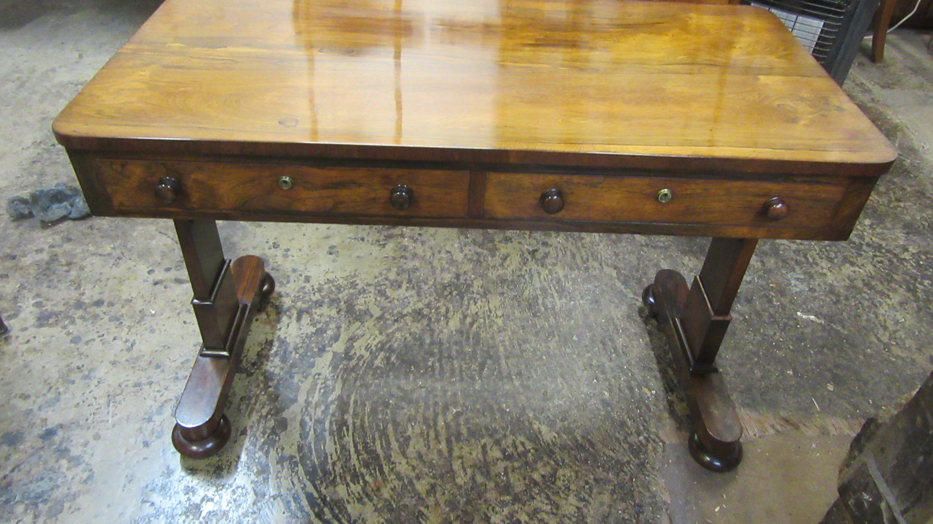 ANTIQUE VICTORIAN ROSEWOOD WRITING TABLE