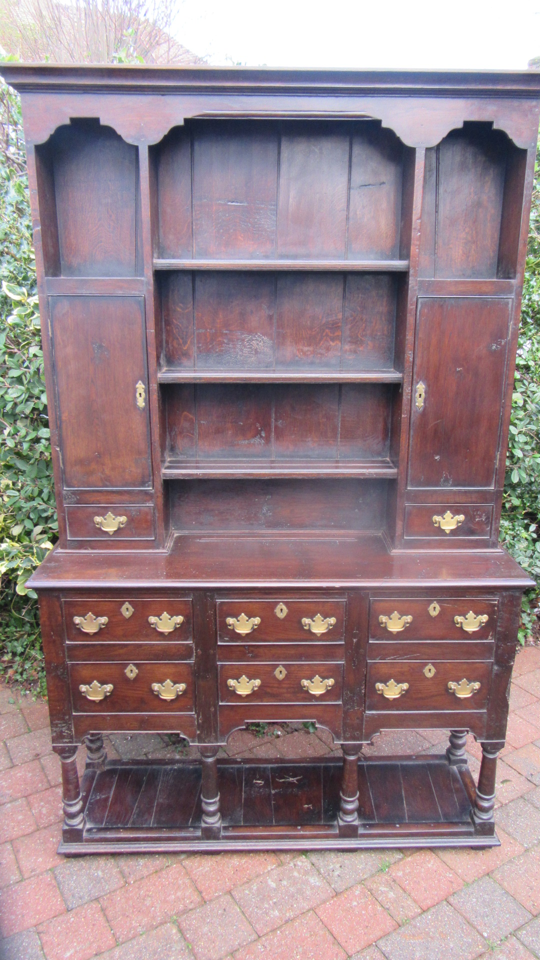 ANTIQUE STYLE IPSWICH OAK DRESSER