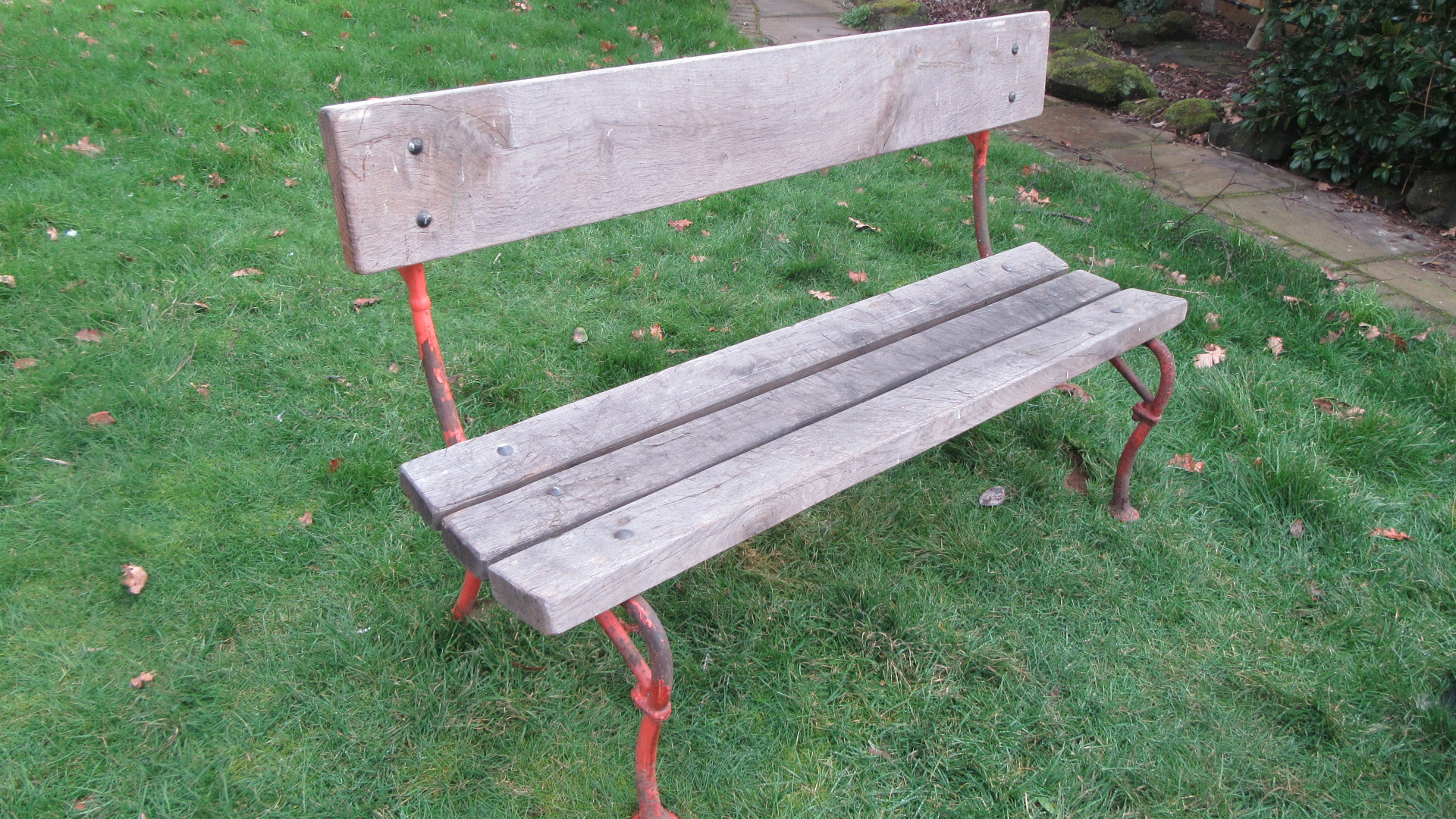 ANTIQUE CAST IRON GARDEN BENCH / SEAT