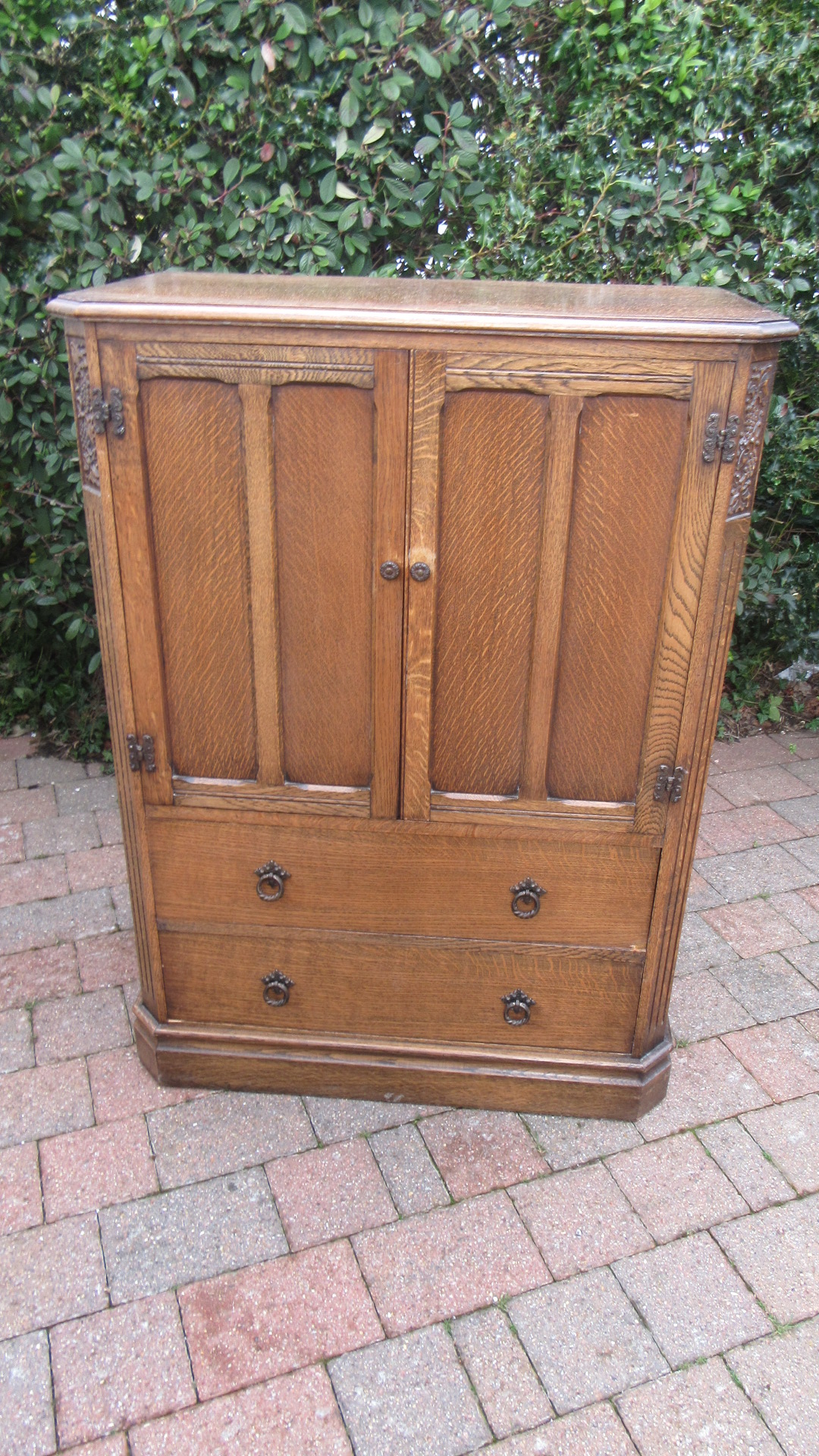VINTAGE CARVED OAK LINEN CUPBOARD