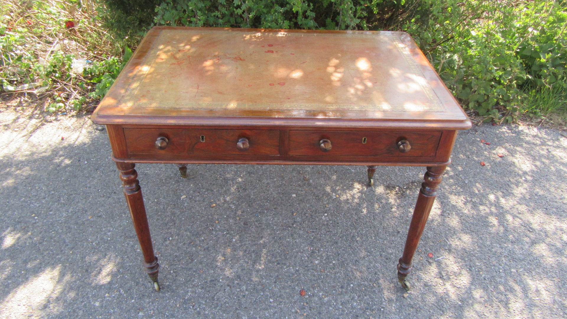 ANTIQUE VICTORIAN SIMULATED ROSEWOOD WRITING TABLE