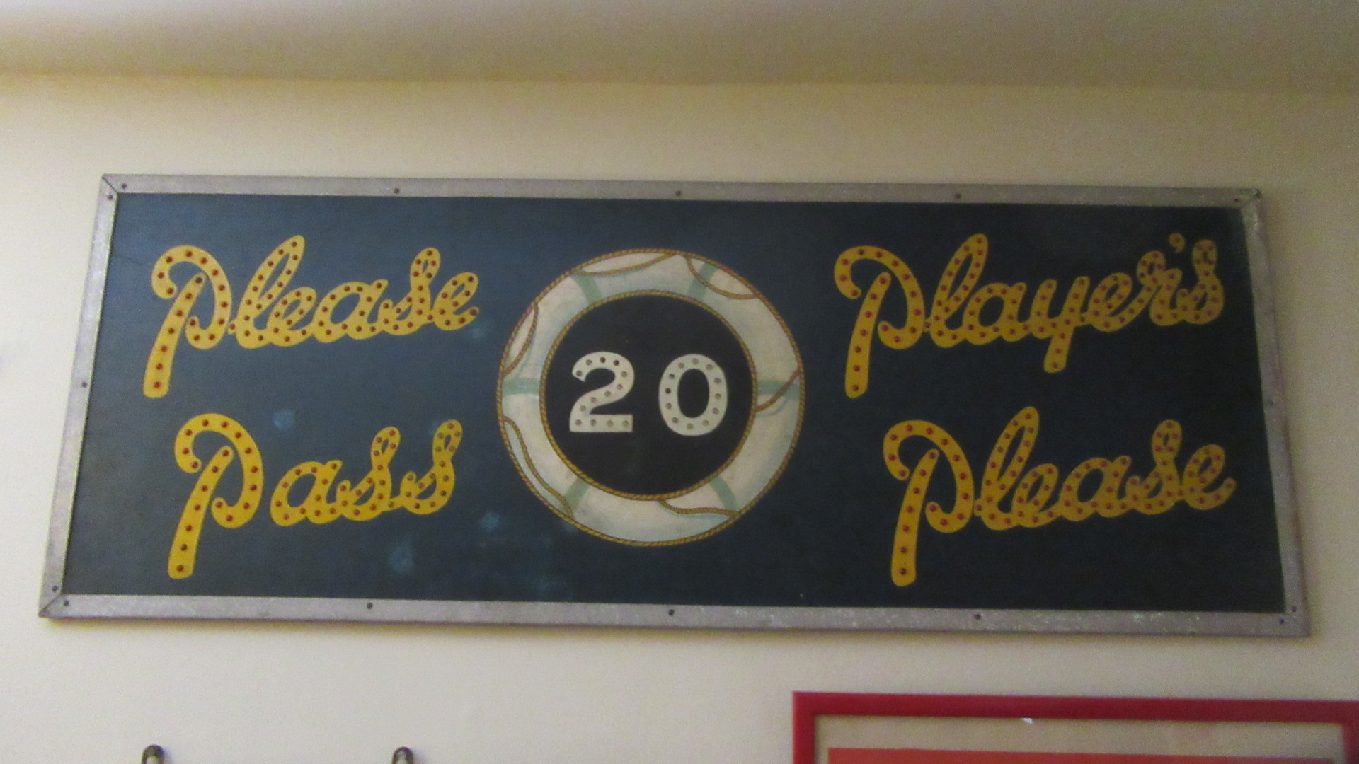 RARE HAND PAINTED ANTIQUE PLAYERS PLEASE REFLECTOR ADVERTISING SIGN